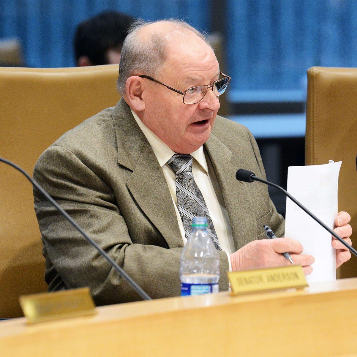 Sen. Dahms listens to committee testimony